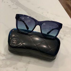 CHANEL Navy Blue Sunglasses - Gorgeous!!!!!